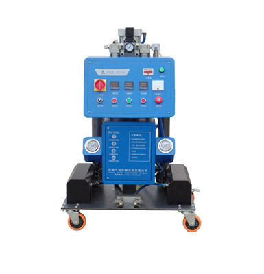 Q2600高压发泡机